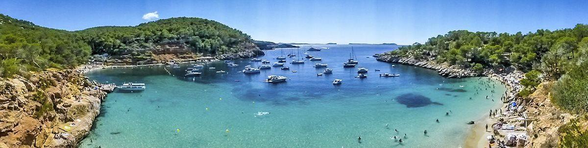 Mejores playas de Ibiza - Cala salada y Cala Saladeta