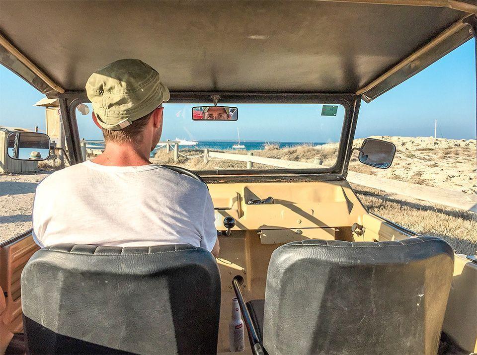 Alquilar un Mehari en Formentera